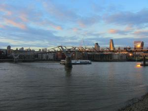 millenium bridge and skyline
